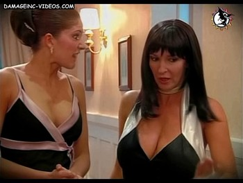 Busty Graciela Stefani hot cleavage